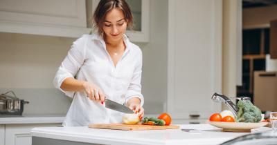 Bahan Makanan Berbahaya Ibu Hamil, Segera Jauhi Ya