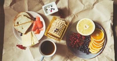 5 Jenis Makanan Ini Jangan Dimakan Bersamaan, Bisa Ancam Kesehatan