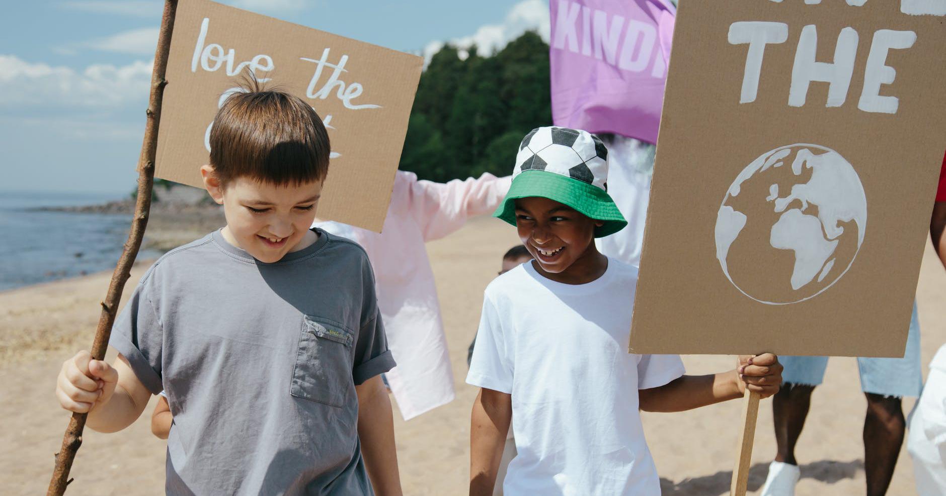 4. Dorong kegiatan sosial dapat anak kelola