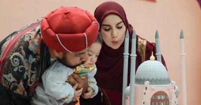 5 Foto Ultah Baby Air Anak Irish Bella & Ammar Zoni, Meriah!