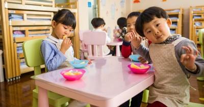 Perbedaan Daycare Preschool, Mana Dibutuhkan oleh Anak Mama