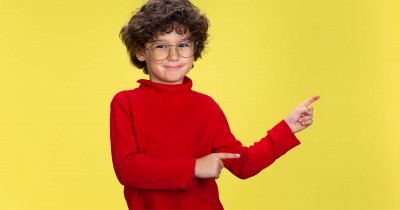 Penuh Semangat, 7 Kepribadian Anak Menyukai Warna Merah