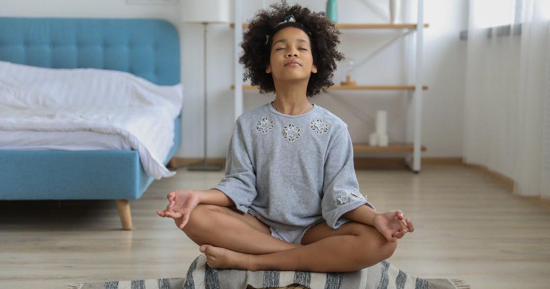 1. Meditasi sambil mendengarkan musik