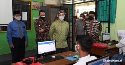 Nadiem Khawatir Anak-Anak Mengalami Learning Loss Akibat PJJ