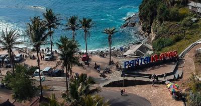 Liburan Pantai Klayar Rute, Jam Buka & Harga Tiket Masuk