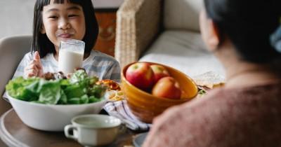 7 Rekomendasi Susu Formula untuk Anak Sembelit