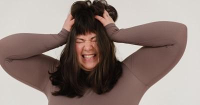 Bahaya Menggaruk Kulit Kepala Berlebihan, Bisa Pendarahan