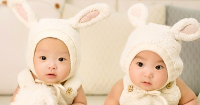 15 Instagram Bayi Lucu dengan Tampilan Feed yang Menarik