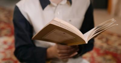 5 Cara Mudah Memilih Buku Tepat Dibaca Remaja